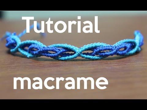 Comment réaliser un bracelet en macramé, ondes en deux teintes de bleu