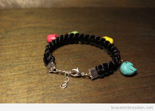 Tutoriel bracelet noeud carré et tête de mort, pas 5